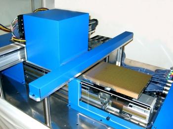 KEGON CS600 可動ステージとヘッドBOX部